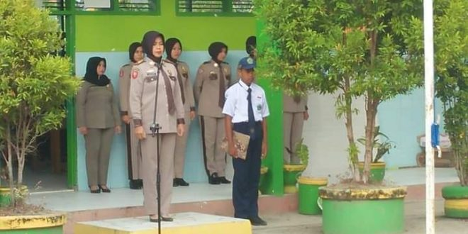 Dinas Pol PP Sinjai Sosialisasikan 'Pol PP Ramah' Di MTsN 4 Sinjai