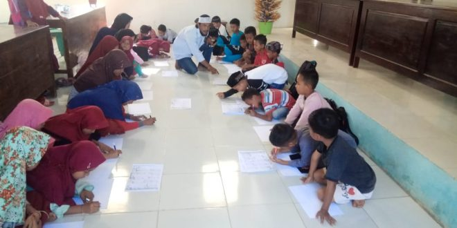 KIM Sitinaja Gelar Pelatihan Kaligrafi