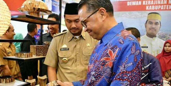 Kopi dan Kerajinan Olahan Kayu Pakis Dapat Pujian dari Gubernur Sulsel