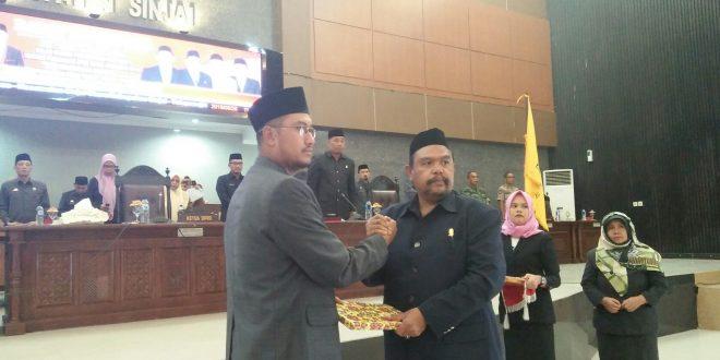 Bupati Sinjai Serahkan Ranperda APBD-P 2019 Ke DPRD<br>