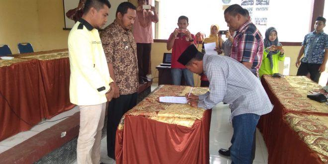 Camat Tellulimpoe Hadiri Lepas Sambut Ketua BPD Kalobba
